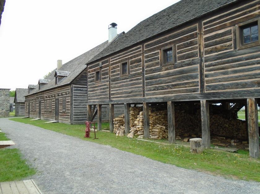 6- Fort William
